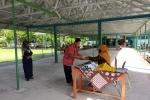 Penerimaan Rapor di MTs Negeri 1 Kulon Progo dengan Sistem Dalang